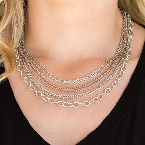 Paparazzi short layer necklace